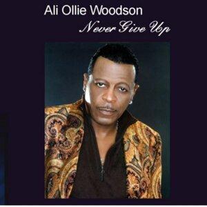 Ali Ollie Woodson