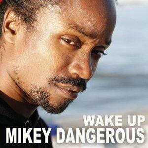 Mikey Dangerous 歌手頭像