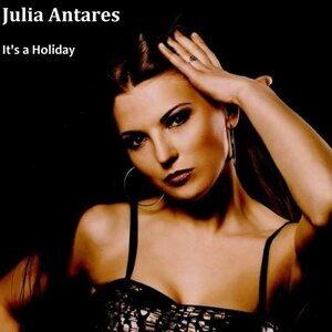 Julia Antares 歌手頭像