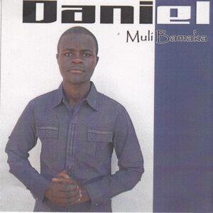 daniEL 歌手頭像