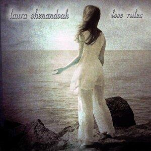 Laura Shenandoah 歌手頭像