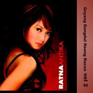 Ratna Atika 歌手頭像