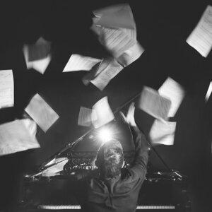 Misha Mishenko 歌手頭像