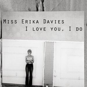 Miss Erika Davies 歌手頭像