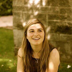 Alexa Nadramia 歌手頭像
