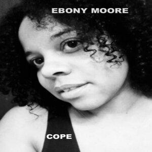 Ebony Moore 歌手頭像