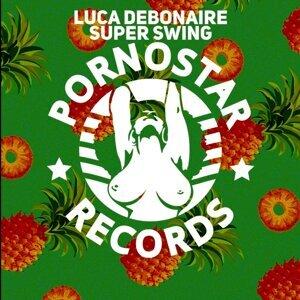 Luca Debonaire
