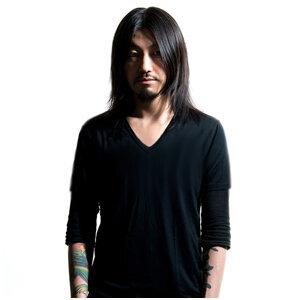 Tomo Hachiga 歌手頭像