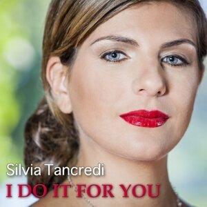 Silvia Tancredi アーティスト写真