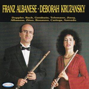 Hcbd Quartet, Franz Albanese, Deborah Kruzansky 歌手頭像