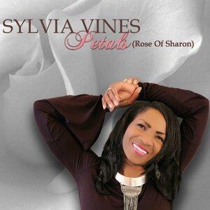 Sylvia Vines 歌手頭像