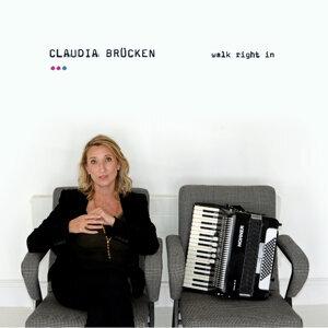 Claudia Brucken 歌手頭像