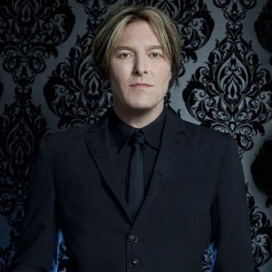 Tyler Bates Artist photo