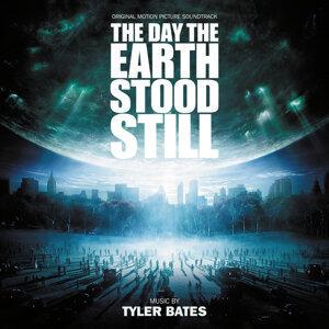Tyler Bates 歌手頭像