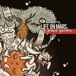 Life On Mars 歌手頭像