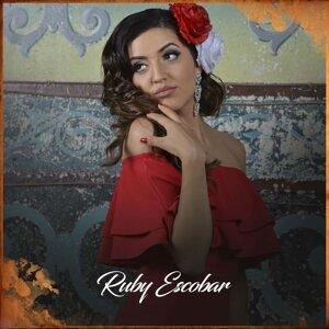 Ruby Escobar アーティスト写真