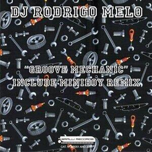 Rodrigo Melo 歌手頭像