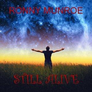 Ronny Munroe 歌手頭像