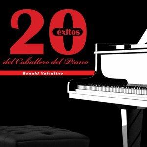 """Ronald Valentino """" El Caballero Del Piano"""" 歌手頭像"""