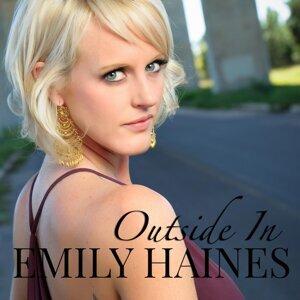 Emily Haines (艾蜜莉 漢斯) 歌手頭像