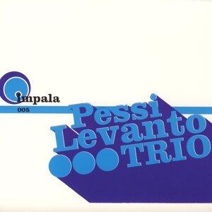 Pessi Levanto Trio アーティスト写真