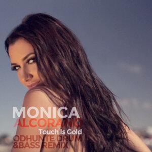 Monica Alcorano アーティスト写真