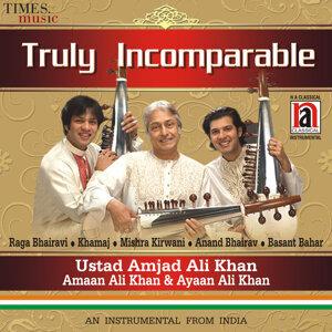 Ustad Amjad Ali Khan, Amaan Ali Khan & Ayaan Ali Khan アーティスト写真