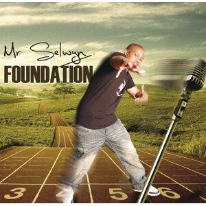 Mr Selwyn