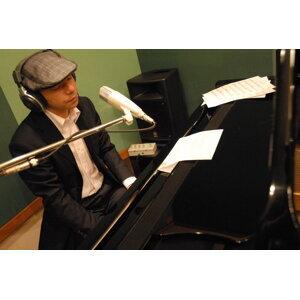 Hiroomi Kuwabara 歌手頭像