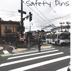 Safety Pins  歌手頭像