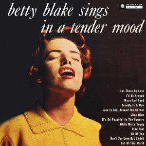 Betty Blake 歌手頭像