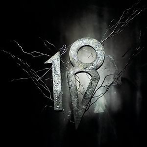 Eighteen Visions (幻影十八)