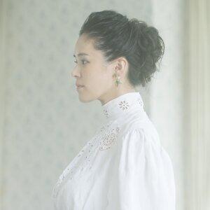 手嶌葵 (Aoi Teshima) 歌手頭像