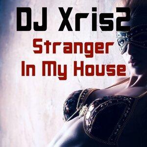 DJ Xris2 アーティスト写真