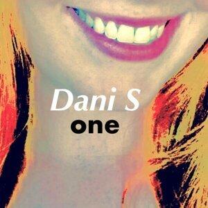 Dani S 歌手頭像
