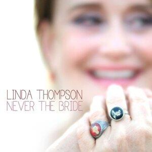 Linda Thompson (琳達湯普森) 歌手頭像
