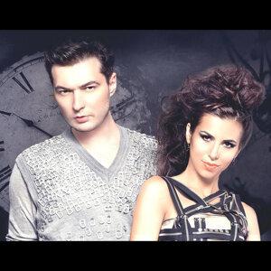 Liviu Hodor & Mona アーティスト写真