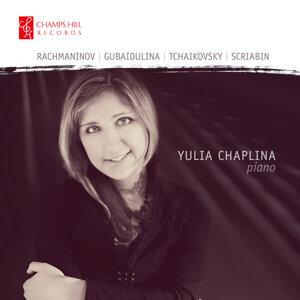 Yulia Chaplina アーティスト写真