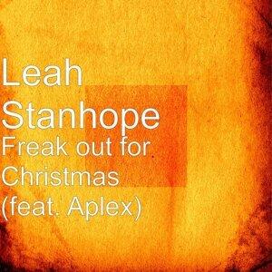 Leah Stanhope アーティスト写真