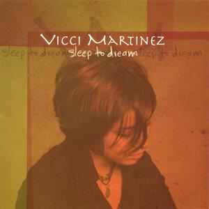 Vicci Martinez 歌手頭像