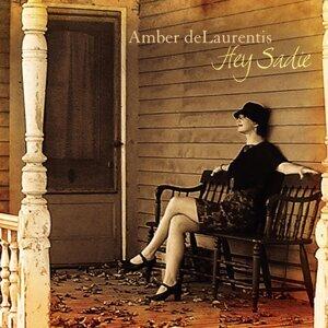 Amber deLaurentis 歌手頭像
