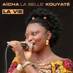 Aïcha Kouyaté アーティスト写真