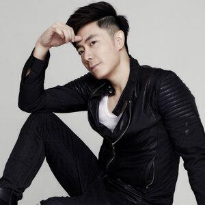 Nick Chung (鍾盛忠) アーティスト写真