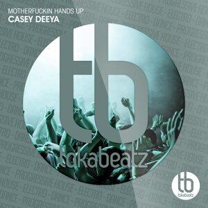 Casey Deeya 歌手頭像