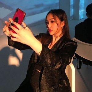 Angie Artist photo