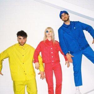 Paramore (帕拉摩爾樂團)