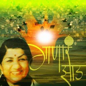 Suresh Wadkar, Devki Pandit, Ajit Bhure, Vedacharya Ghaisas Guruji, Ram Shevalkar, Swati Subramaniam 歌手頭像