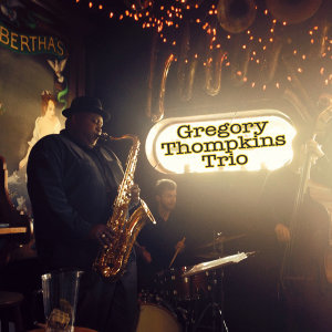 Gregory Thompkins Trio アーティスト写真