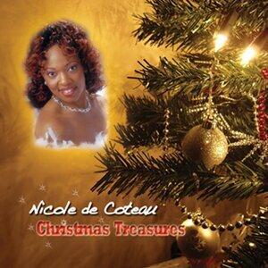 Nicole De Coteau アーティスト写真