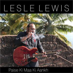 Lesle Lewis